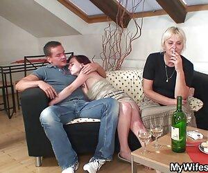 Păpușa rusă a recunoscut trădarea clipuri pentru adulti soțului ei și în fața ochilor ei sa dat iubitului ei.