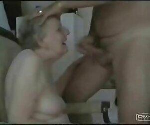 Profesorul Frita este unul dintre clipuriporno studenții care văd lesbiene în om.
